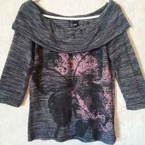 New Directions grey and pink butterfly top medium